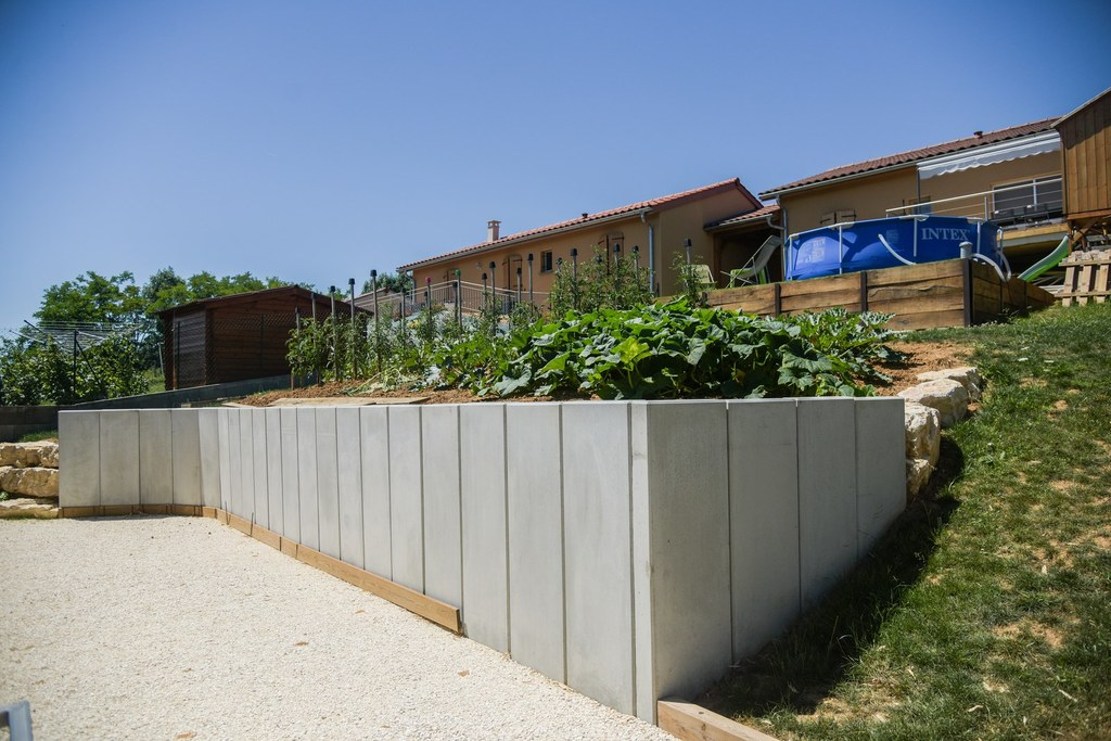 Muret jardin Brignais