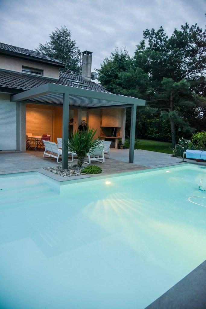piscine eclairée