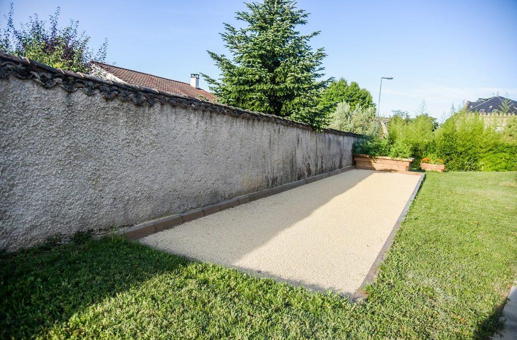 3 bonnes raisons de faire créer son terrain de boule dans l'Ouest Lyonnais (69) par un professionnel paysagiste